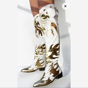 Thigh-high white&gold cowboy boots